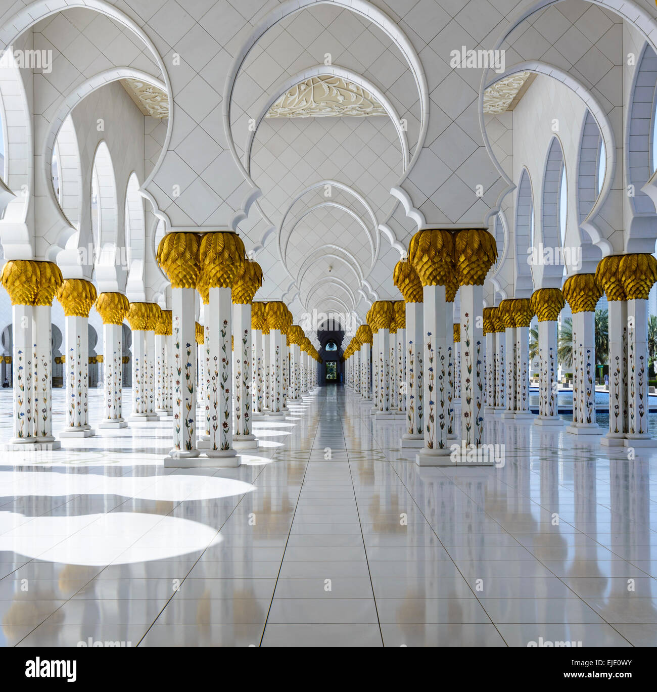 Columns of the Grand Mosque in Abu Dhabi, UAE - Stock Image