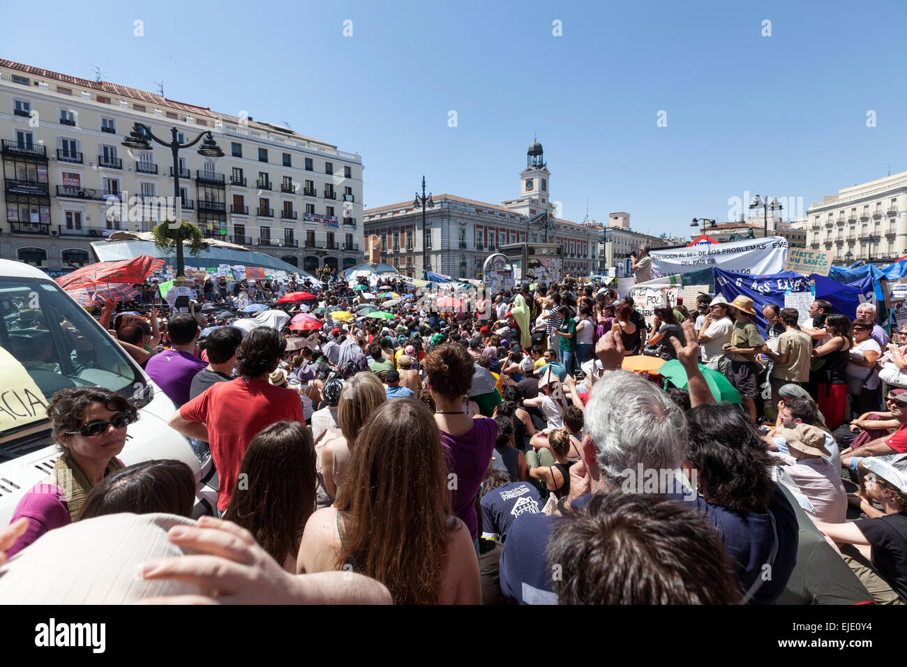 puerta-del-sol-anti-austerity-movement-i