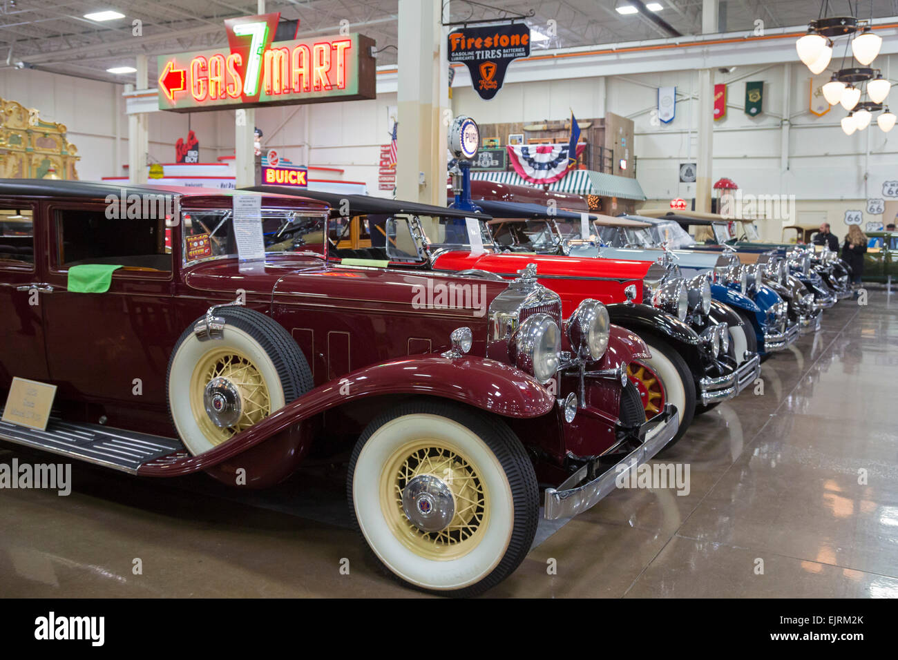Antique Automobiles Stock Photos & Antique Automobiles Stock Images ...