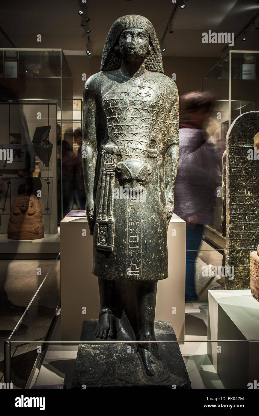 Italy Piedmont Turin Egyptian Museum  new staging - Room 5 - statue Aanem second priest of Amun (1390- 1353 BC) Stock Photo