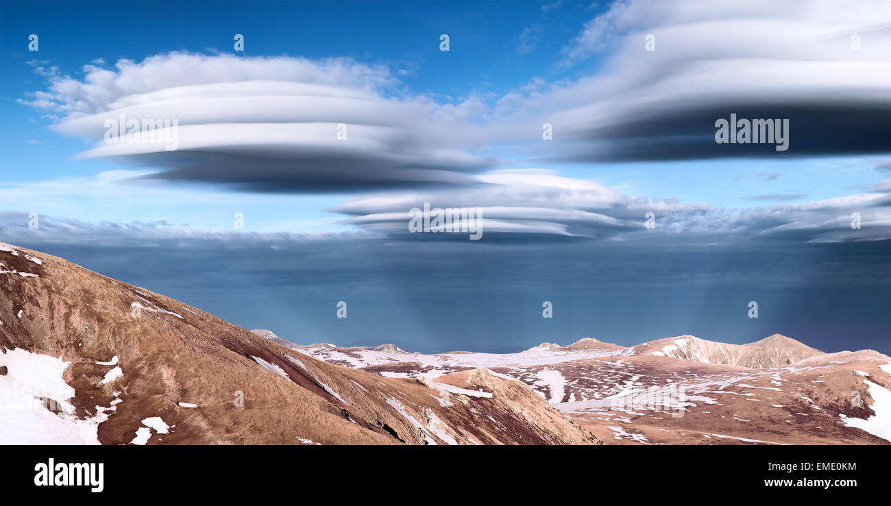 Lenticular clouds - Stock Image