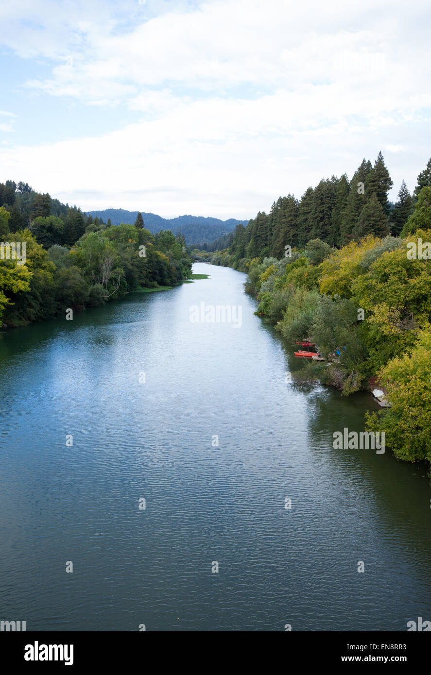 A view of the Russian River near Guernville in Northern California. - Stock Image