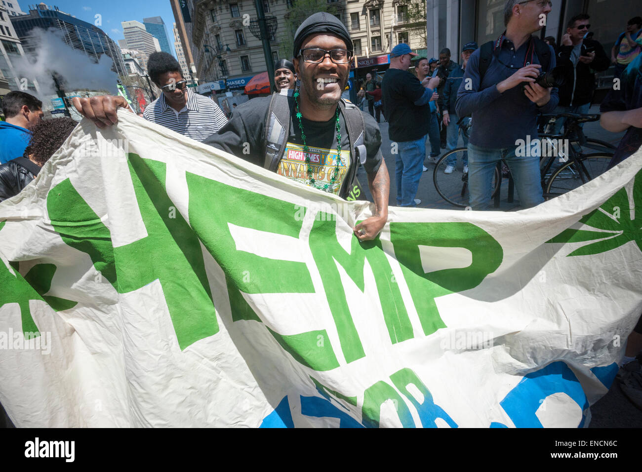 New York, USA. 2nd May, 2015. Advocates for the legalization of marijuana march in New York on Saturday, May 2, - Stock Image