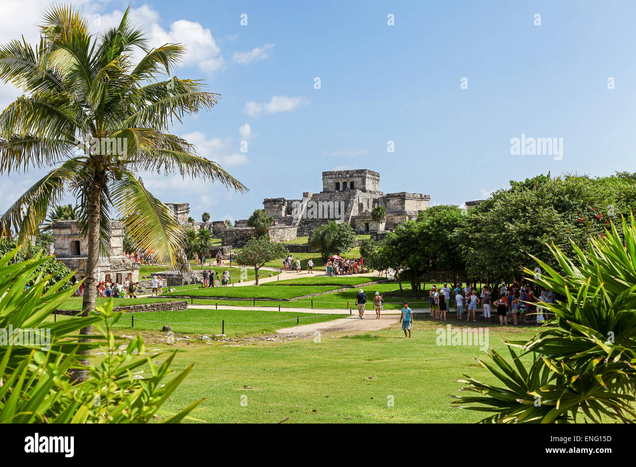 tulum-ruins-the-site-of-a-mayan-ancient-civilization-on-the-yucatn-ENG15D.jpg