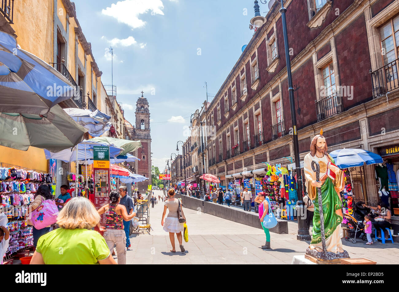 MEXICO CITY, MEXICO - APRIL 29, 2014: locals and tourists in Zocalo downtown streets in Mexico City, Mexico. - Stock Image