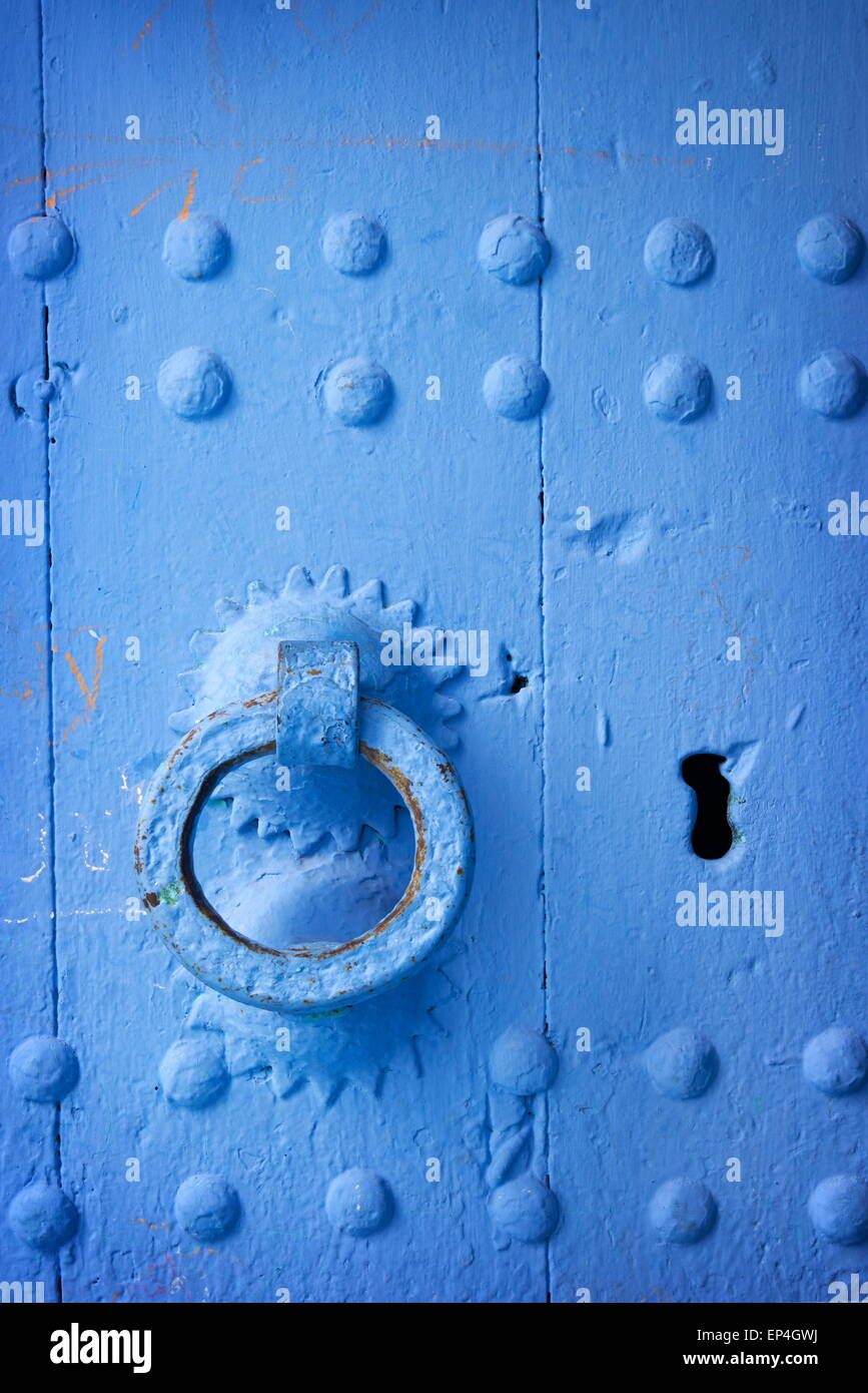 Chefchaouen (Chaouen) - door was painted blue color, Morocco - Stock Image