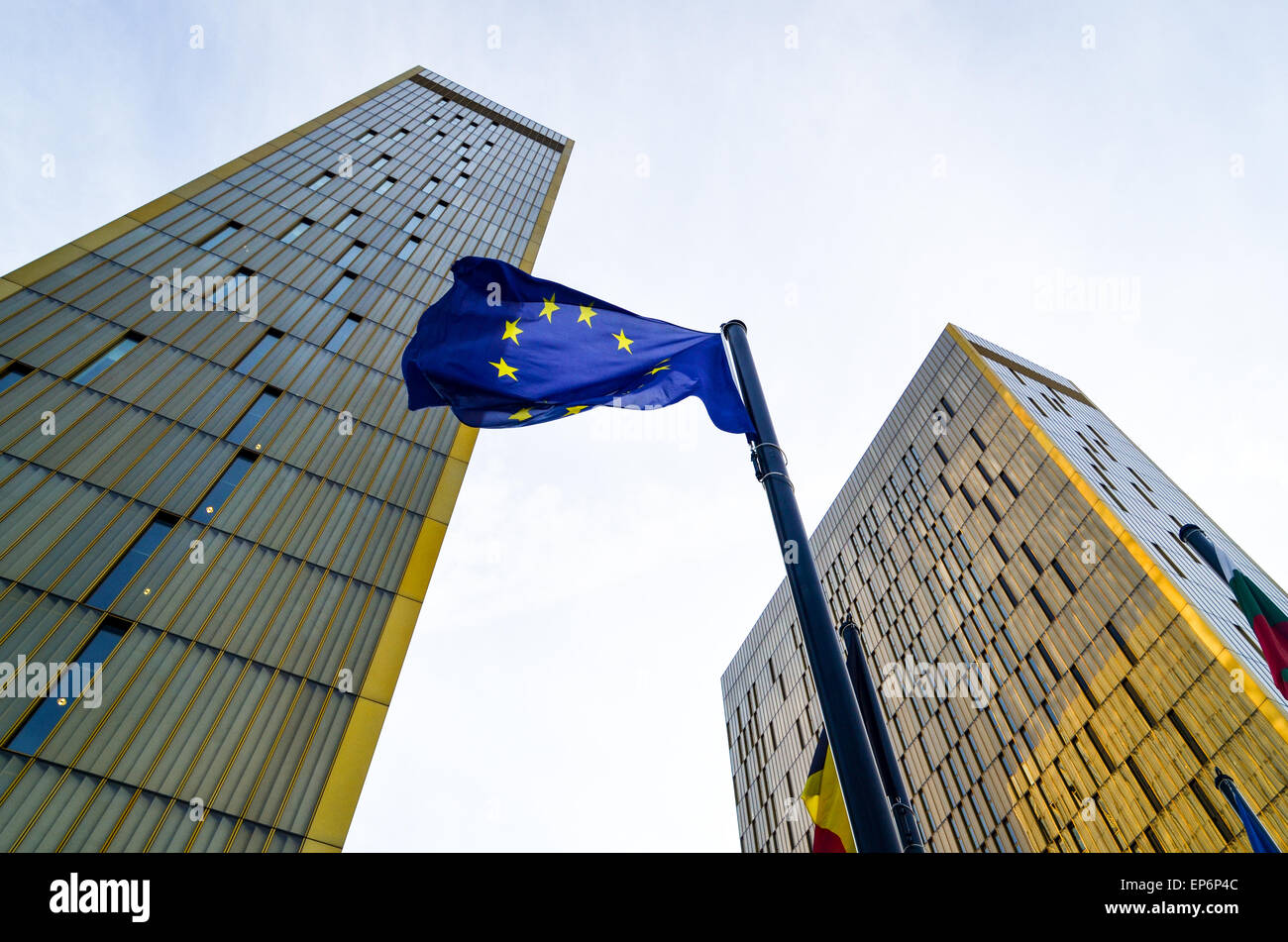 Golden twin towers of the Court of Justice of the European Union, in European Quarter, Kirchberg, Luxembourg, behind - Stock Image