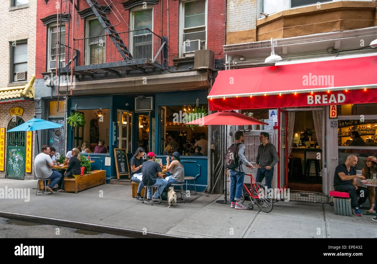 mothers-ruin-a-bar-and-bread-a-restauran
