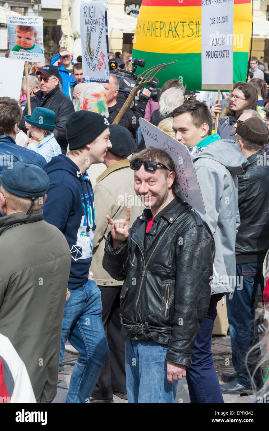 the-demonstration-against-the-government-of-tartu-may-day-2015-EPPKM2.jpg