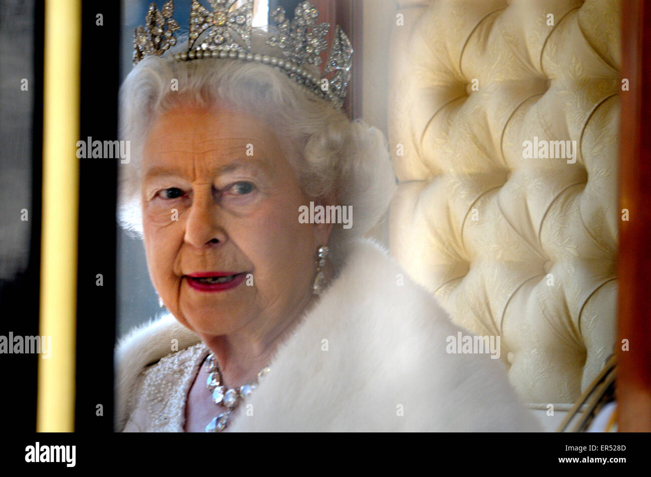 London, UK. HM Queen Elizabeth II leaving the State Opening of Parliament, 27th May, 2015. Wearing her Diamond Diadem Stock Photo