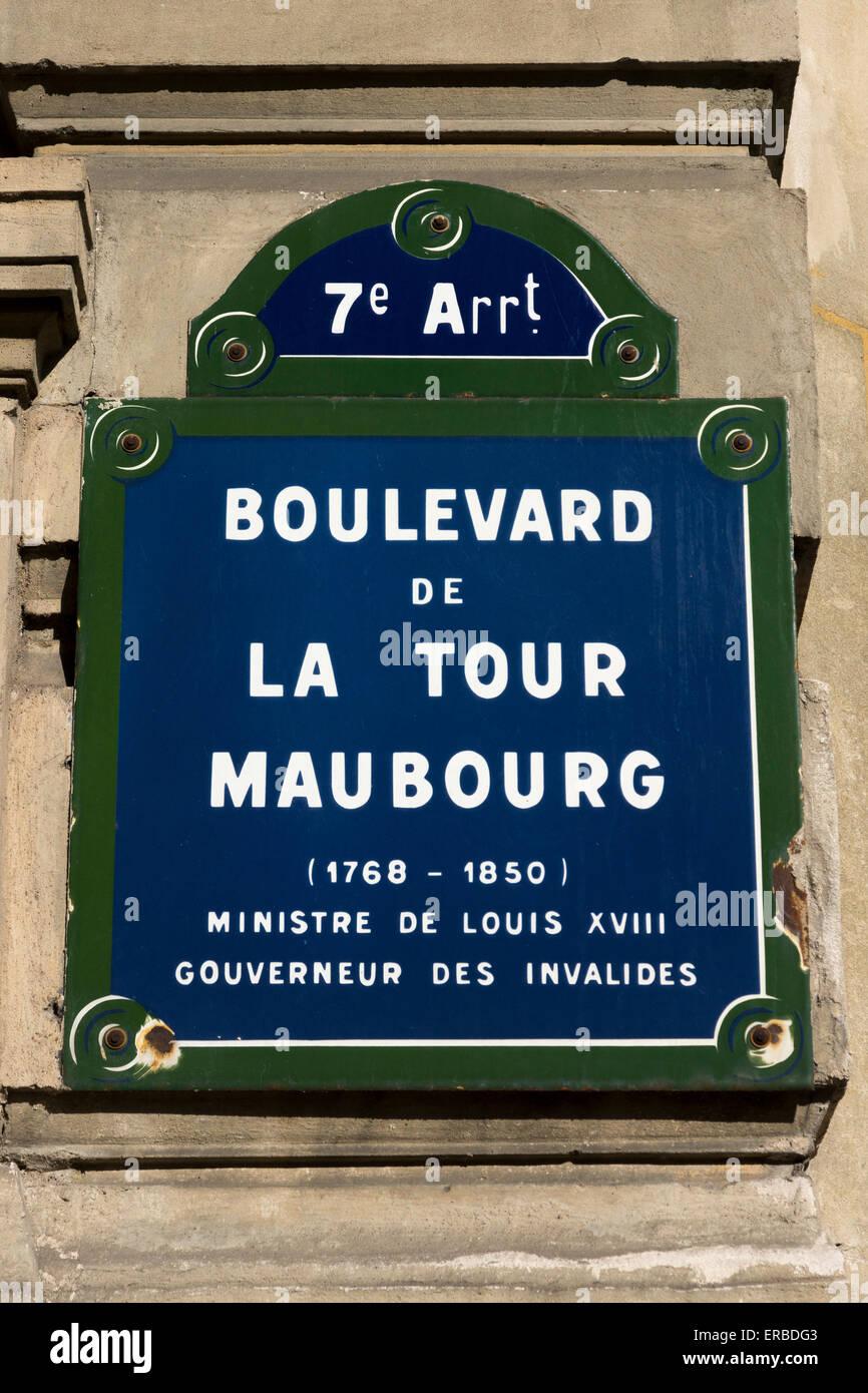 parisian-street-sign-boulevard-de-la-tou
