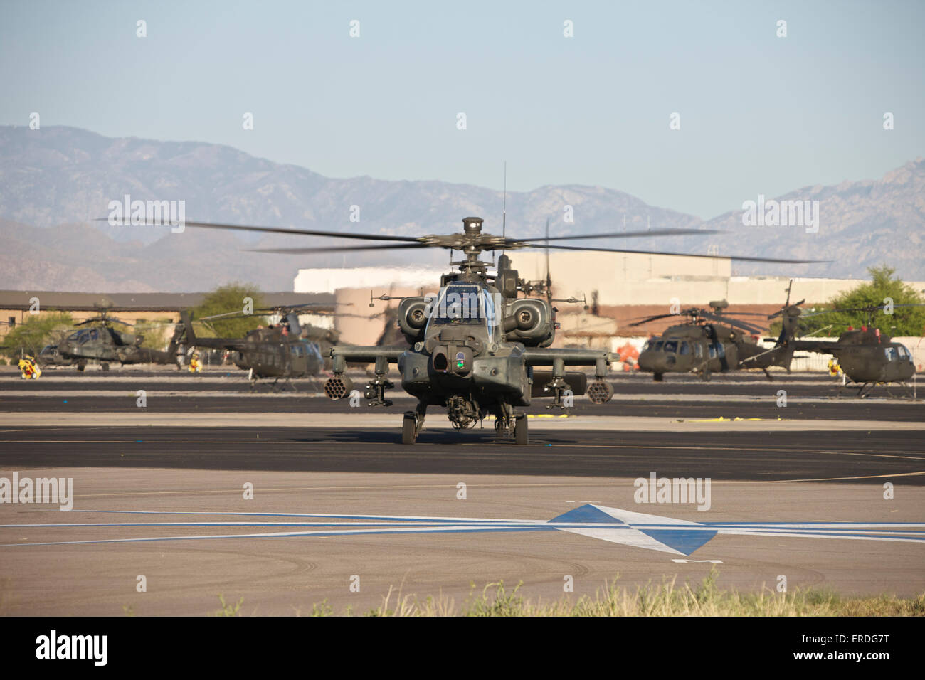AH-64D Apache Longbow taxiing out to the launch pad during Excercise Angel Thunder 2013. - Stock Image