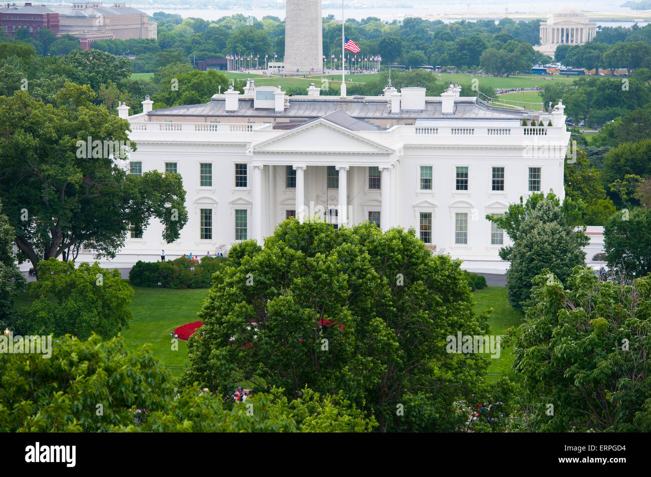 usa-washington-dc-the-white-house-home-of-the-american-president-aerial-ERPGD4.jpg