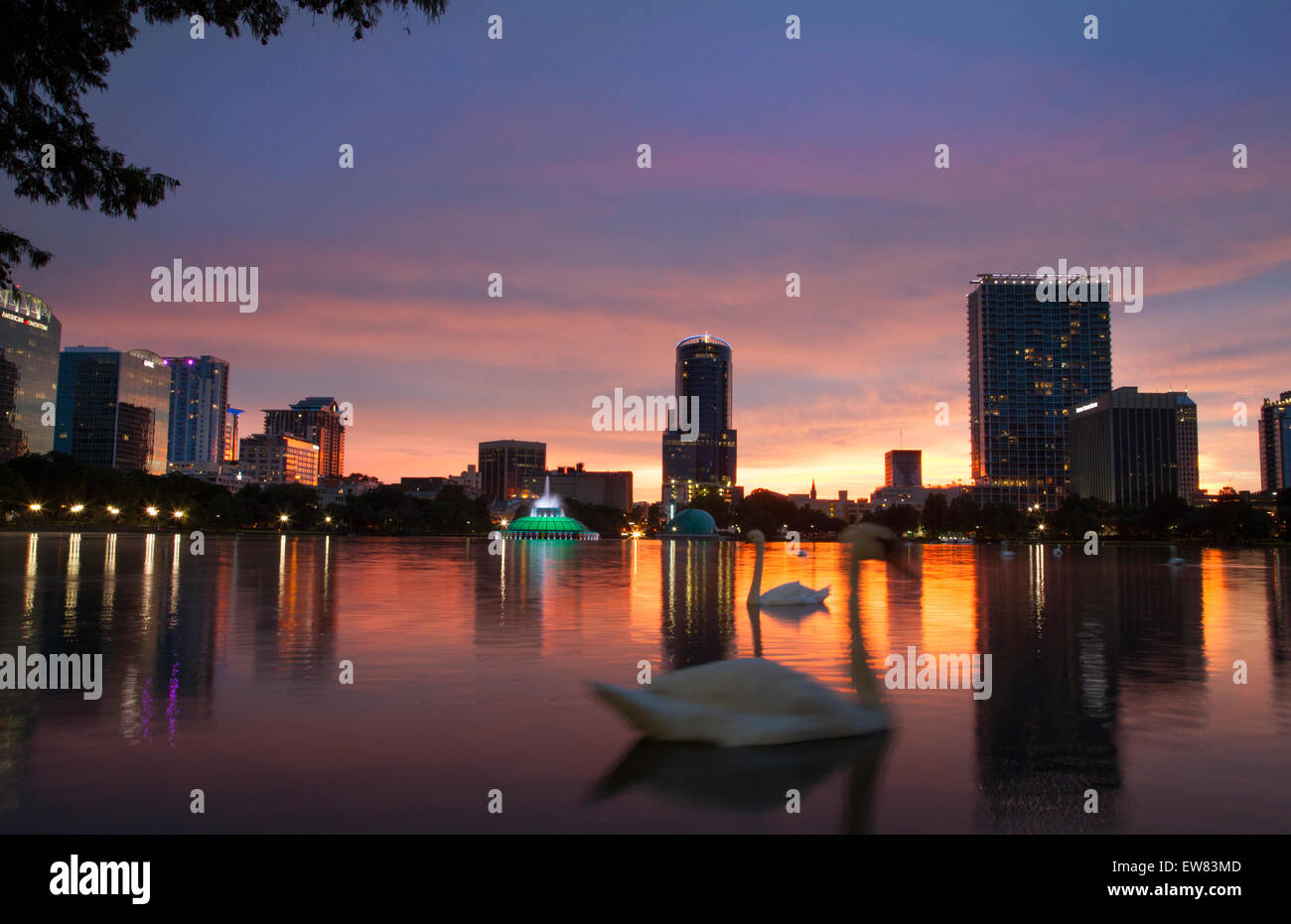 Sunset at Lake Eola in downtown Orlando Florida - Stock Image
