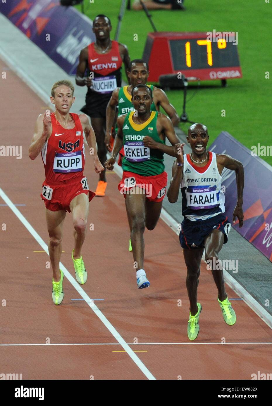 Mo Farah wins the 10000m from ...