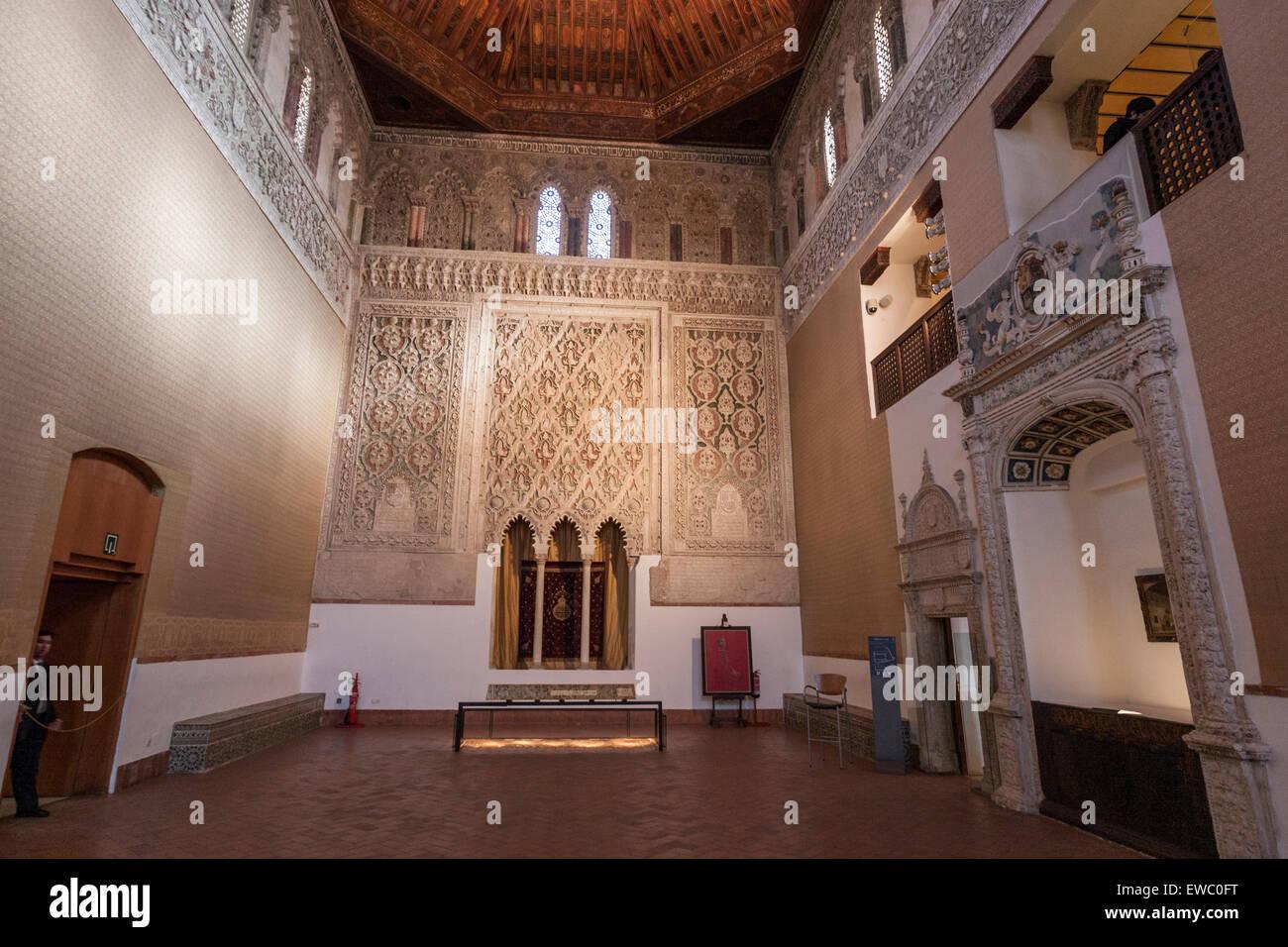 synagogue-of-el-transito-toledo-EWC0FT.j