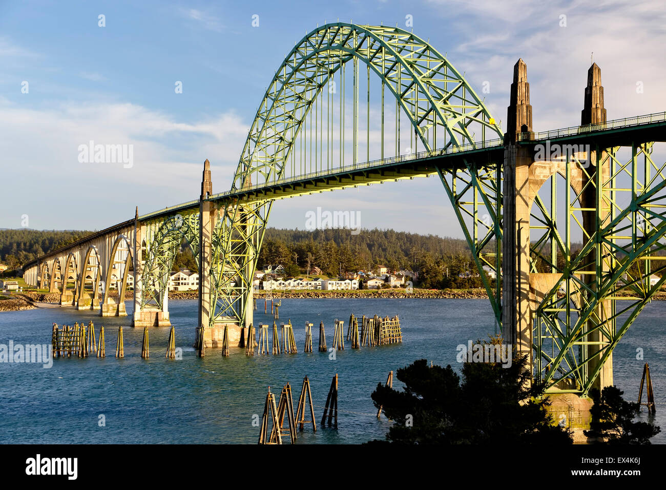 Yaquina Bay Bridge, Newport, Oregon USA - Stock Image