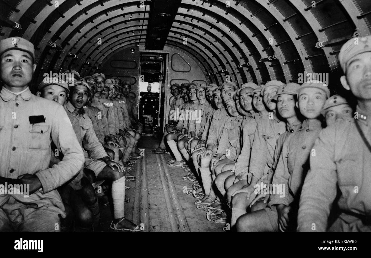 The interior of the DC-3 with its complement of Chinese soldiers en route to India on their task missions being - Stock Image