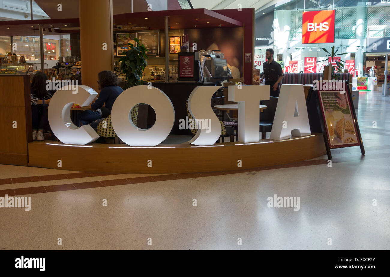 costa-coffee-shop-grafton-shopping-centre-cambridge-city-cambridgeshire-EXCE2Y.jpg