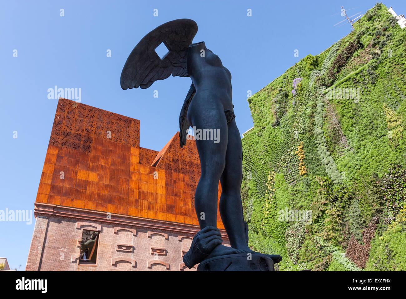 ikaria-by-igor-mitoraj-sculpture-exhibition-in-caixa-forum-paseo-del-EXCFHX.jpg