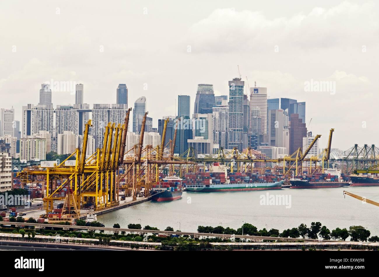 Harbour and skyline, Singapur City, Singapur, Asia - Stock Image