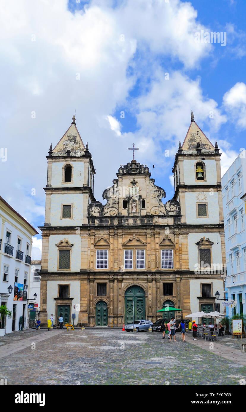 igreja-e-convento-de-sao-francisco-church-salvador-brazil-EY0PG9.jpg