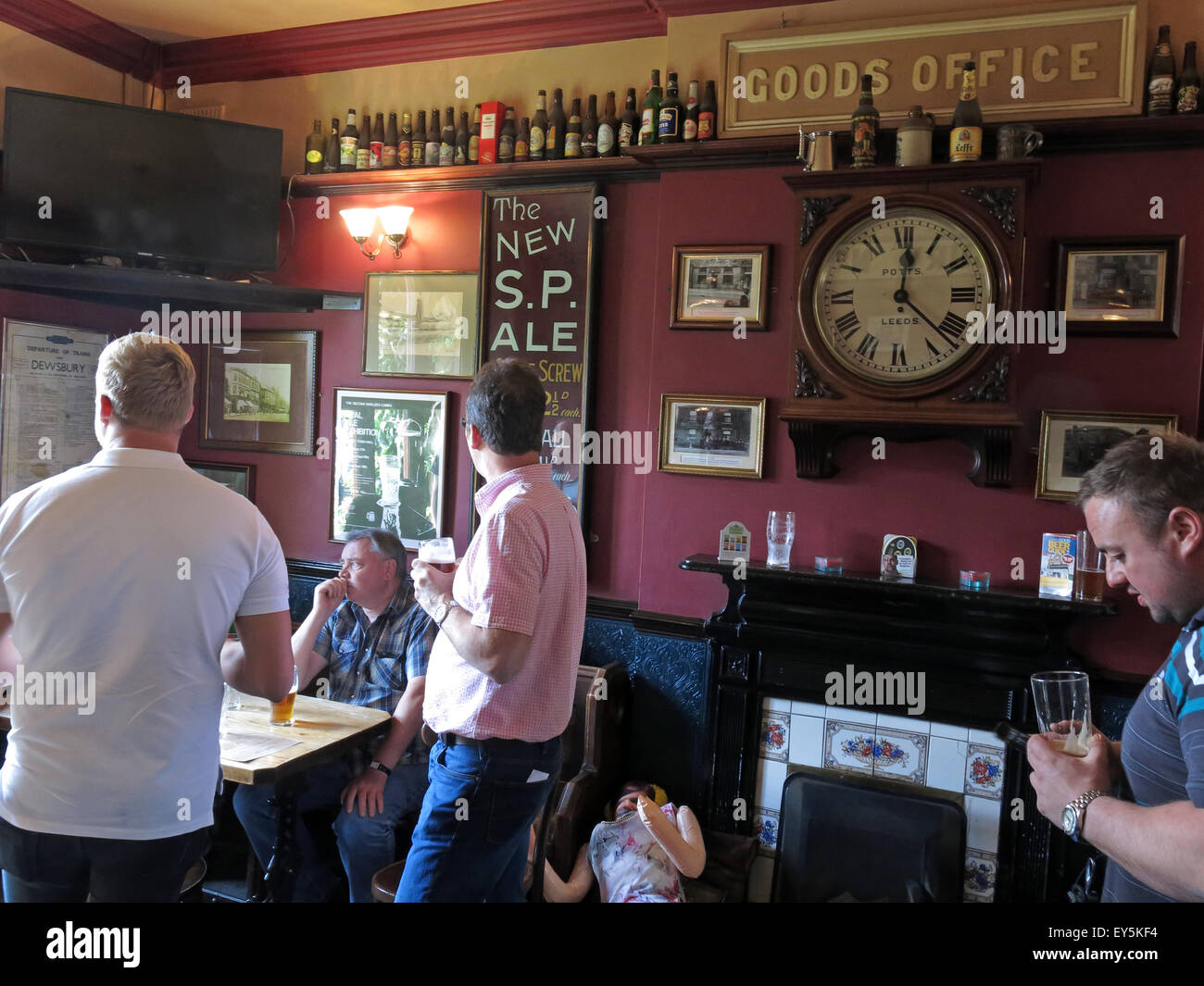 Real,Ale,realale,CAMRA,aletrail,WestRiding,bar,pubs,bars,drinking,drinkers,trans,pennine,transpennine,train,trains,trail,train,ales,platform,buffet,cafe,sign,Stalybridge,public,inside,interior,with,drinkers,pints,pot,beer,beers,blond,bitter,clock,potts,Ale Train,Ale trail,GoTonySmith,Buy Pictures of,Buy Images Of