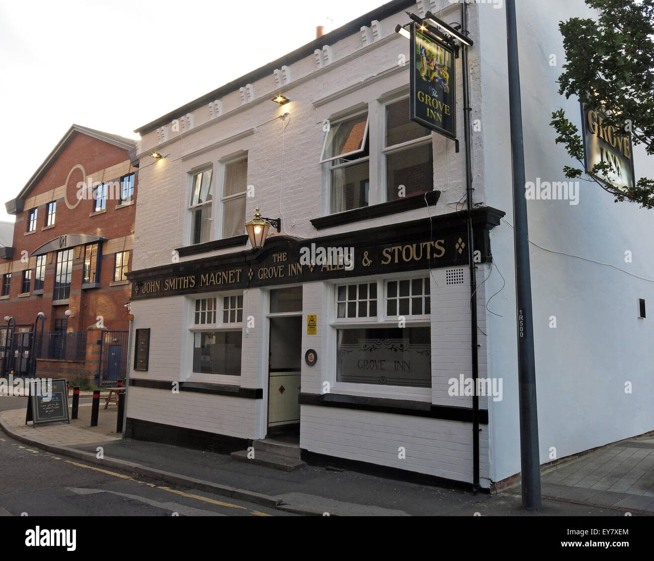 real,ale,CAMRA,bar,drink,drinkers,traditional,history,historic,Grove,Inn,Pub,Back,Row,West,Yorkshire,England,UK,English,GB,Great,Britain,British,city,centre,granary,John,Smiths,Magnet,Ales,LS115PL,LS11 5PL,Real Ale,Old Pub,John Smiths,Magnet Ales,LS11 5PL,GoTonySmith,Buy Pictures of,Buy Images Of