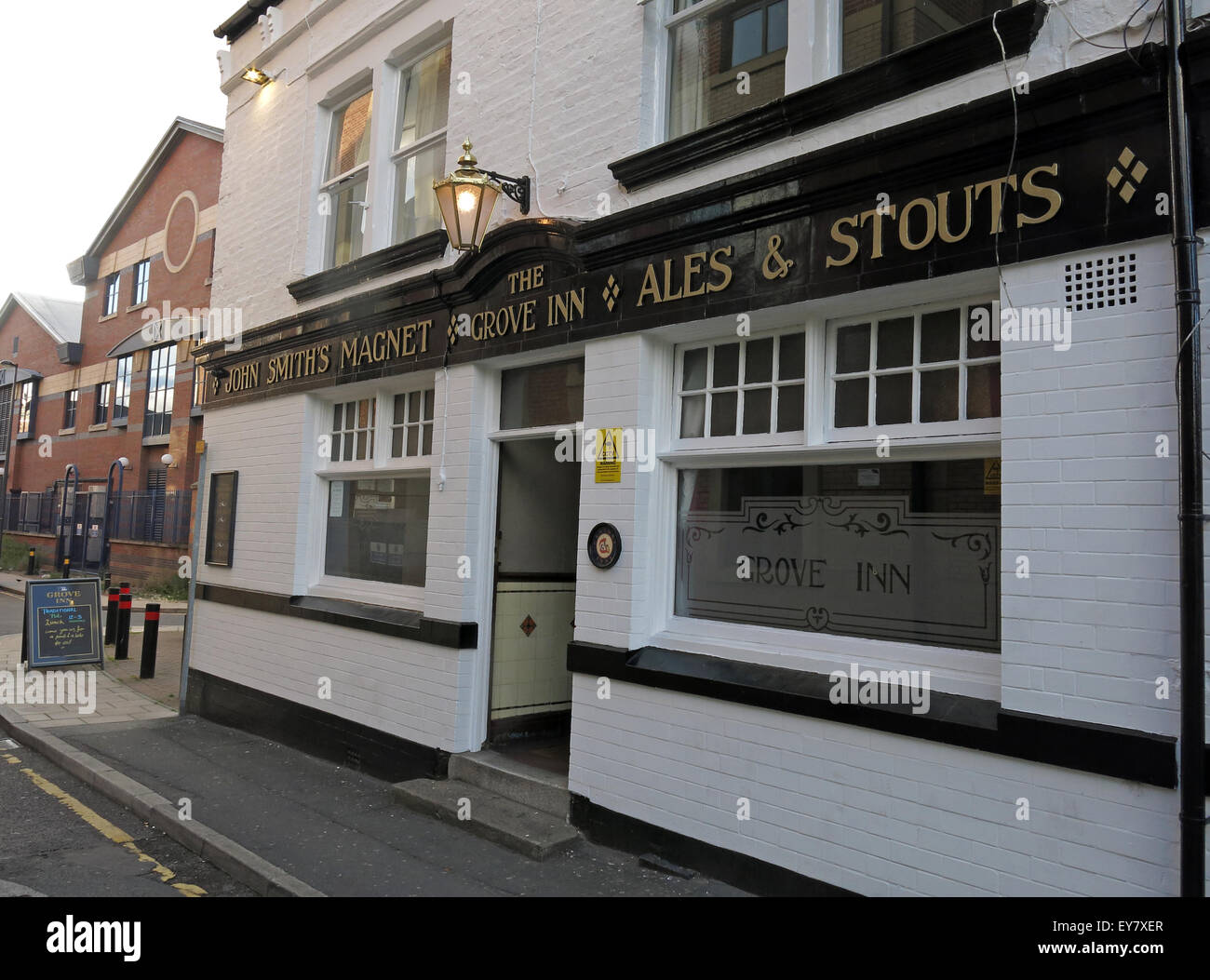 real,ale,CAMRA,bar,drink,drinkers,traditional,history,historic,Grove,Inn,Pub,Back,Row,West,Yorkshire,England,UK,English,GB,Great,Britain,British,city,centre,granary,John,Smiths,Magnet,Ales,LS115PL,LS11 5PL,front,entrance,door,Real Ale,Old Pub,John Smiths,Magnet Ales,LS11 5PL,Front Door,GoTonySmith,black,white,bars,pubs,public,house,Buy Pictures of,Buy Images Of,Public House