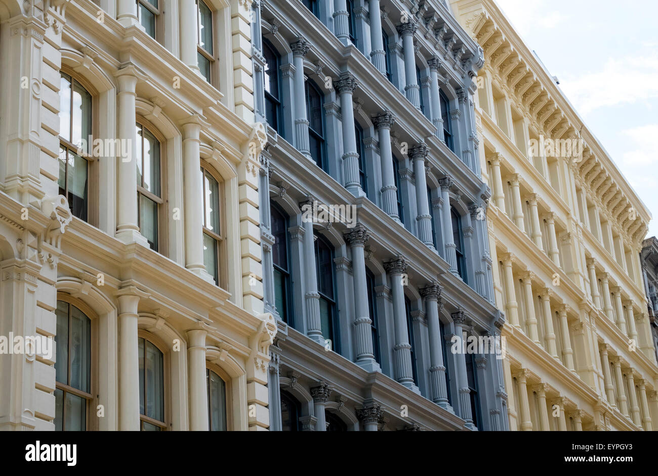 buildings-in-the-cast-iron-district-in-s