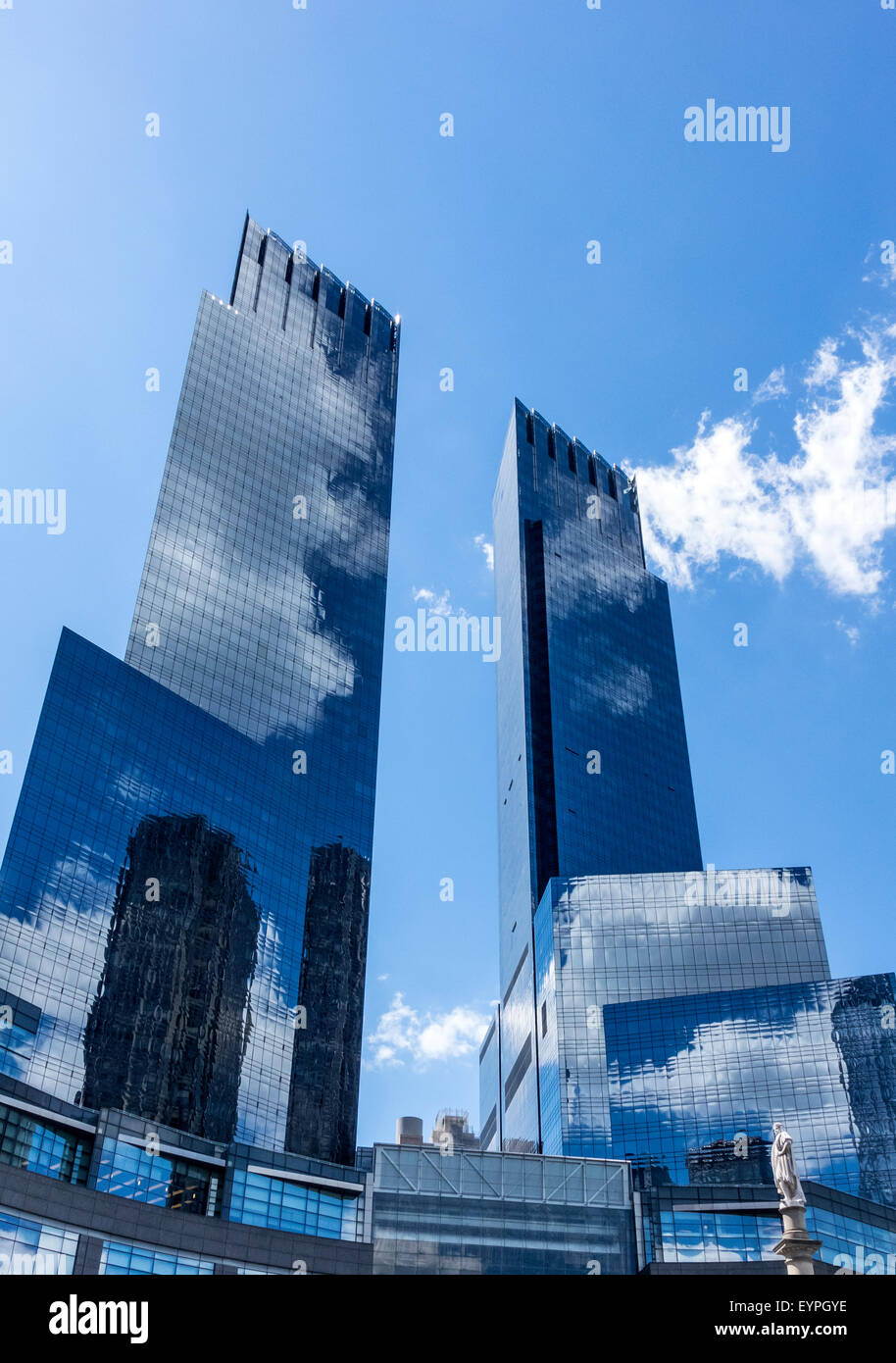time-warner-center-towers-at-columbus-ci