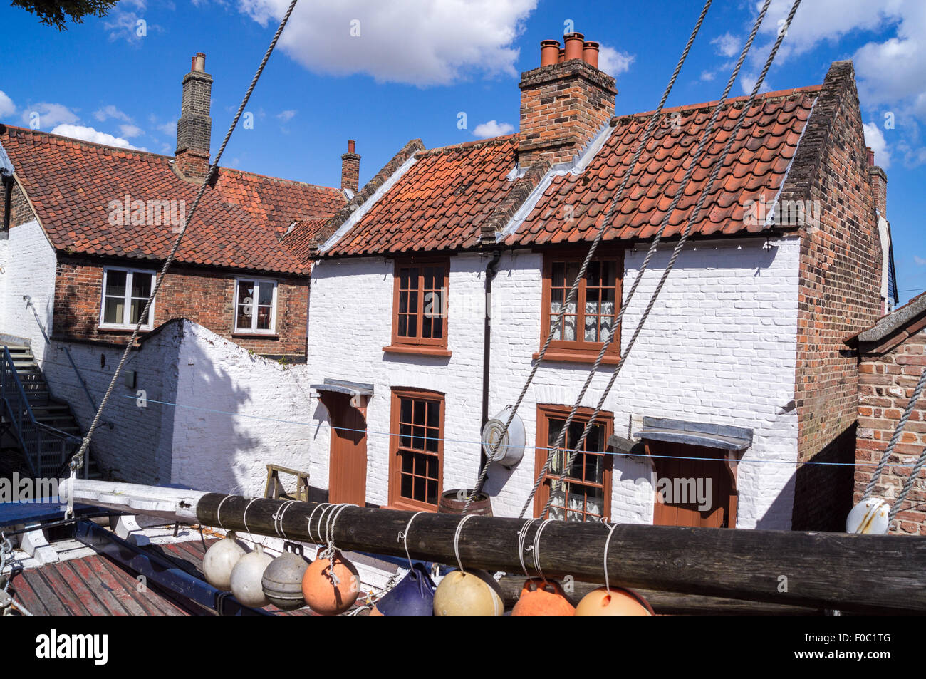 preserved-fishermens-cottages-trues-yard-fisherfolk-museum-kings-lynn-F0C1TG.jpg