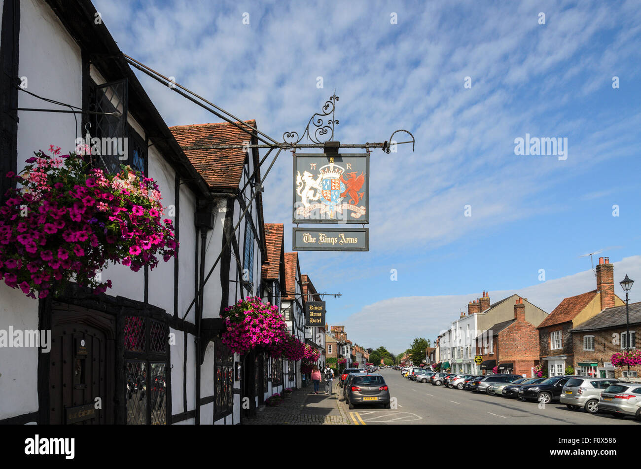 The Kings Arms featured in Four Weddings and a Funeral. Situated in Old Amersham, Buckinghamshire, England, UK. - Stock Image