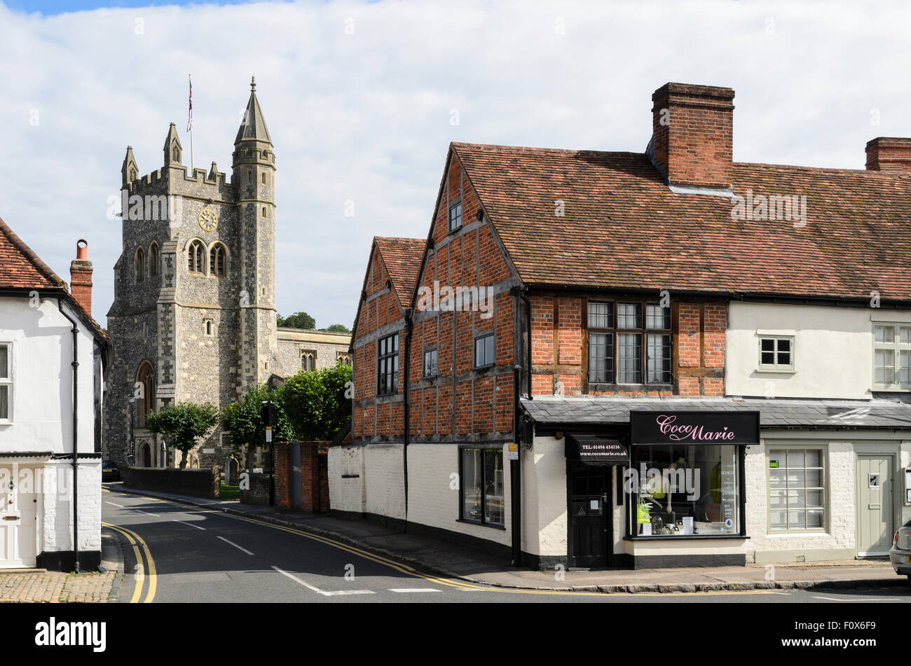 St Mary's Church viewed from the High Street, Old Amersham, England, UK. - Stock Image