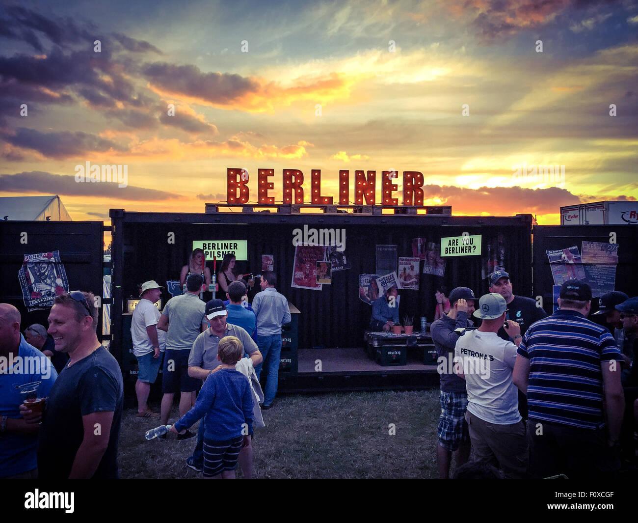 Beer,ale,pils,pilsner,advert,advertise,advertisement,German,Germany,brew,capital,city,break,tourist,tourism,travel,culture,euro,europe,european,germans,serving,signage,pub,Silverstone,Woodlands,trip,journey,vacation,holiday,weisse,Berlinar,people,drinker,sunset,sun,set,berliner pilsner,GoTonySmith,drinkers,AreYouBerliner,Buy Pictures of,Buy Images Of,Are You Berliner,Are You Berliner?