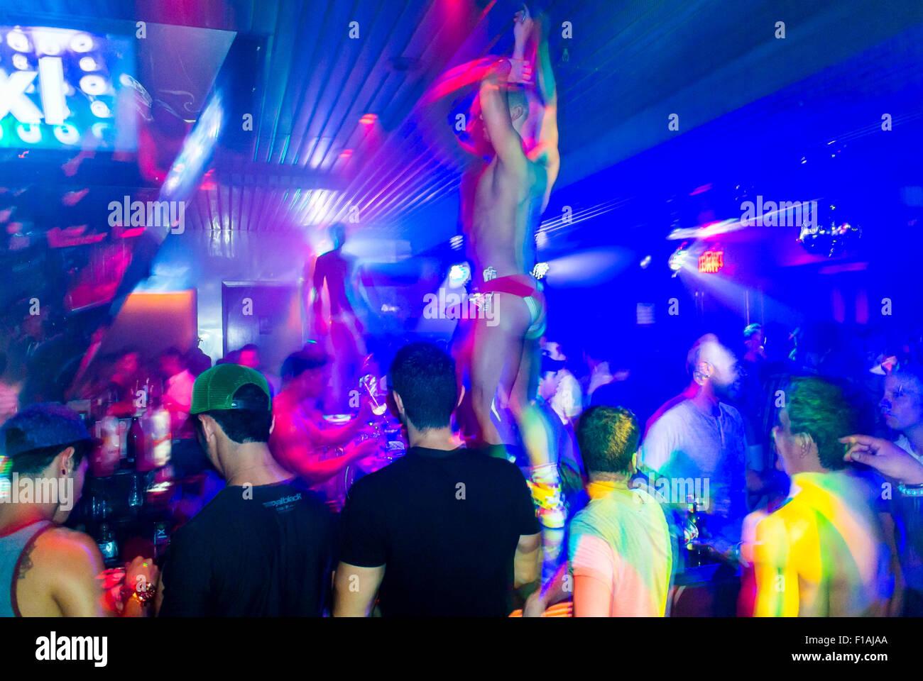 gey-klub-v-samare
