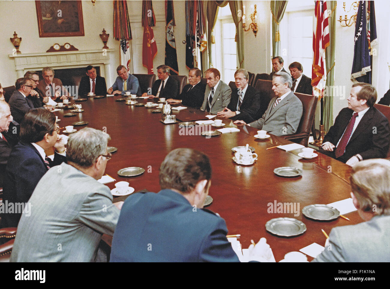 jimmy carter cabinet united states president jimmy meets with us senate 18023