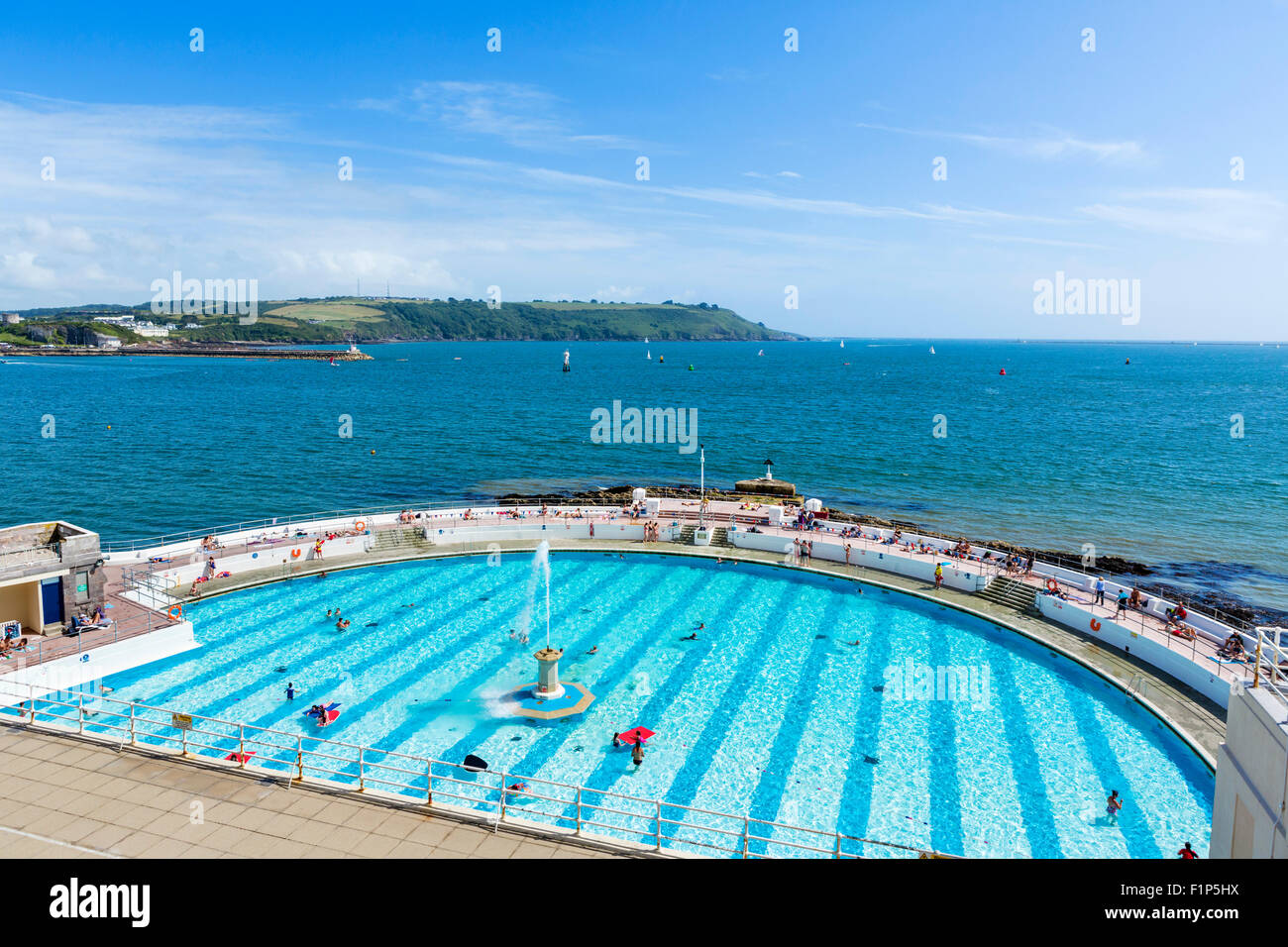 The 1930s Tinside Lido by the Hoe overlooking Plymouth Sound, Plymouth, Devon, England, UK Stock Photo