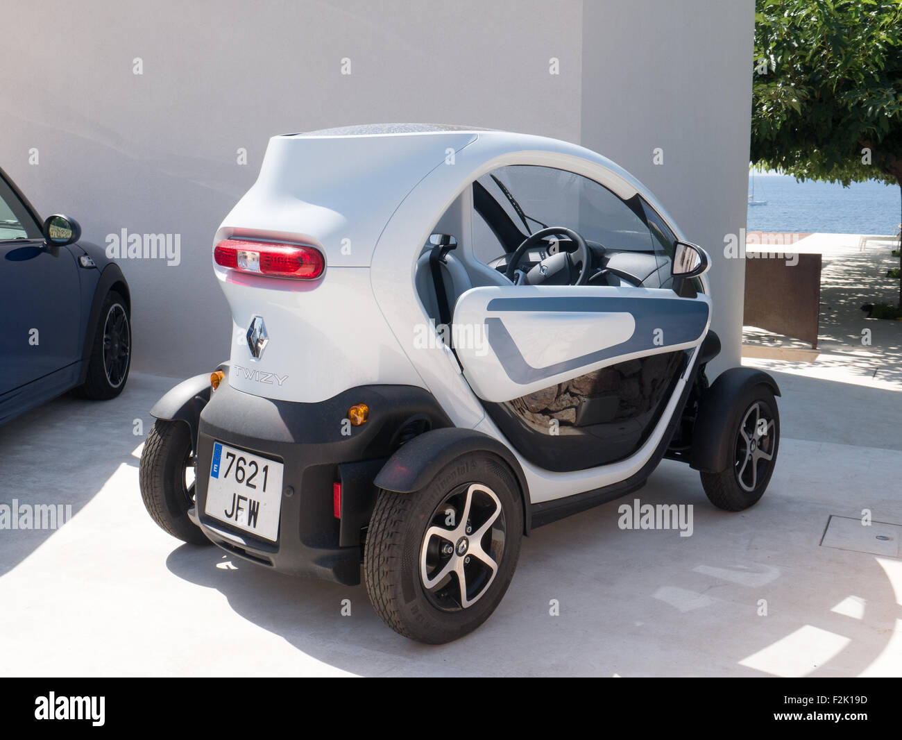 Renault Twizy electric car - Stock Image