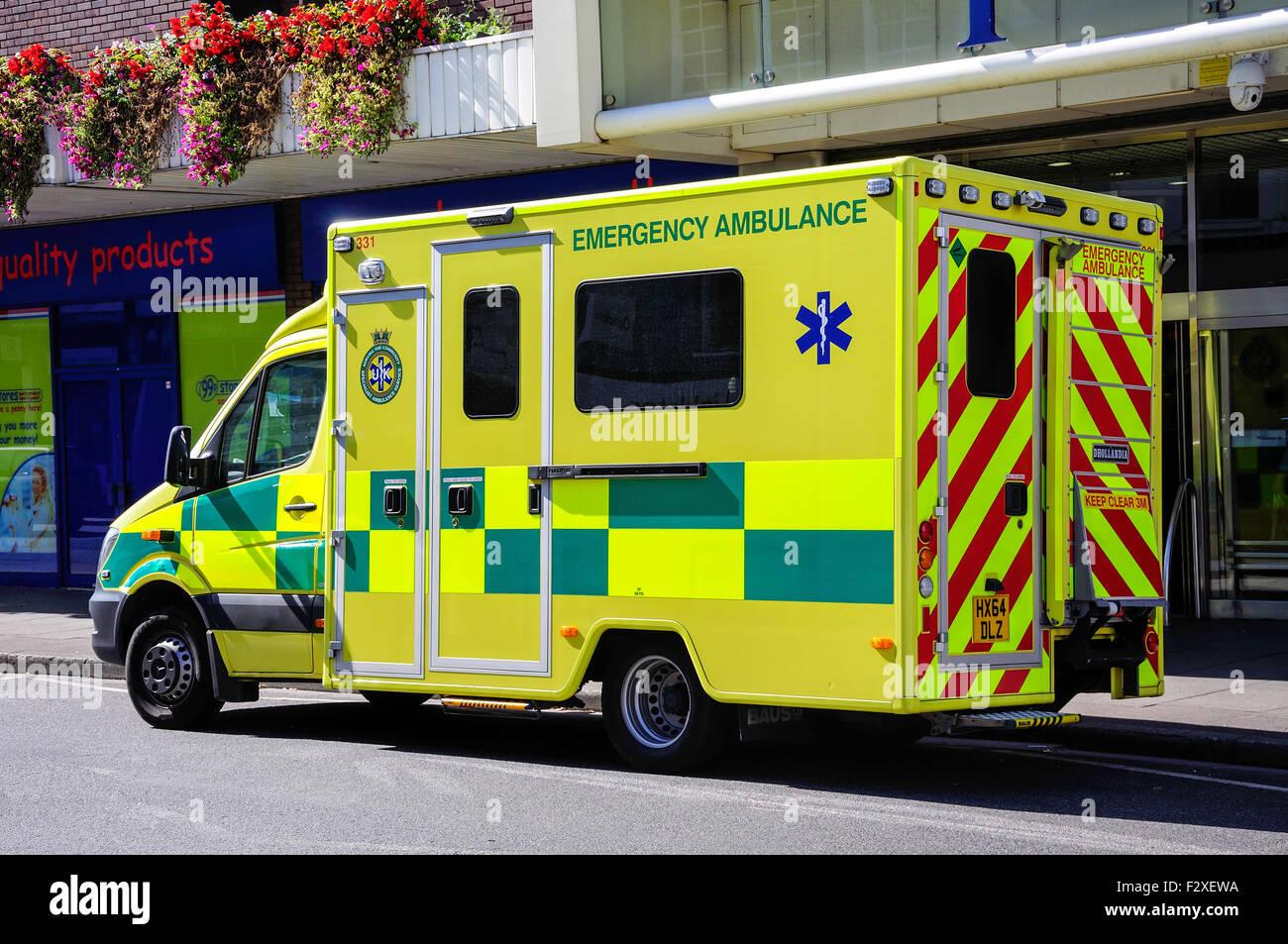 Emergency Ambulance on call, Lowfield Street, Dartford, Kent, England, United Kingdom - Stock Image