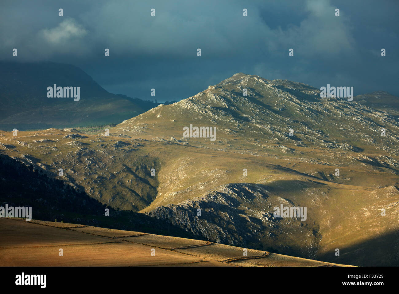 mountains in the Overberg region near Villiersdorp, Western Cape, South Africa - Stock Image