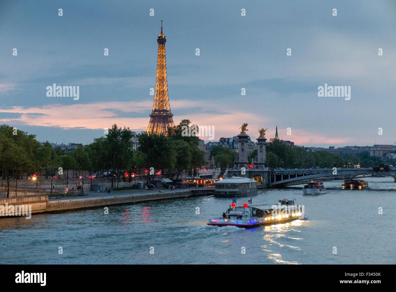the Eiffel Tower & River Seine, Paris, France - Stock Image
