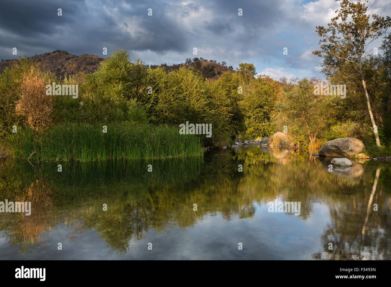 the Kaweah River, Three Rivers, Sierra Nevada, California, USA - Stock Image