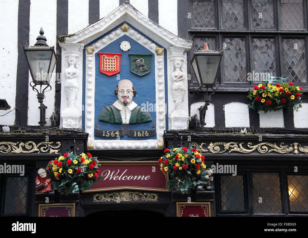 Olde Worlde English Pub Stock Photos Amp Olde Worlde English