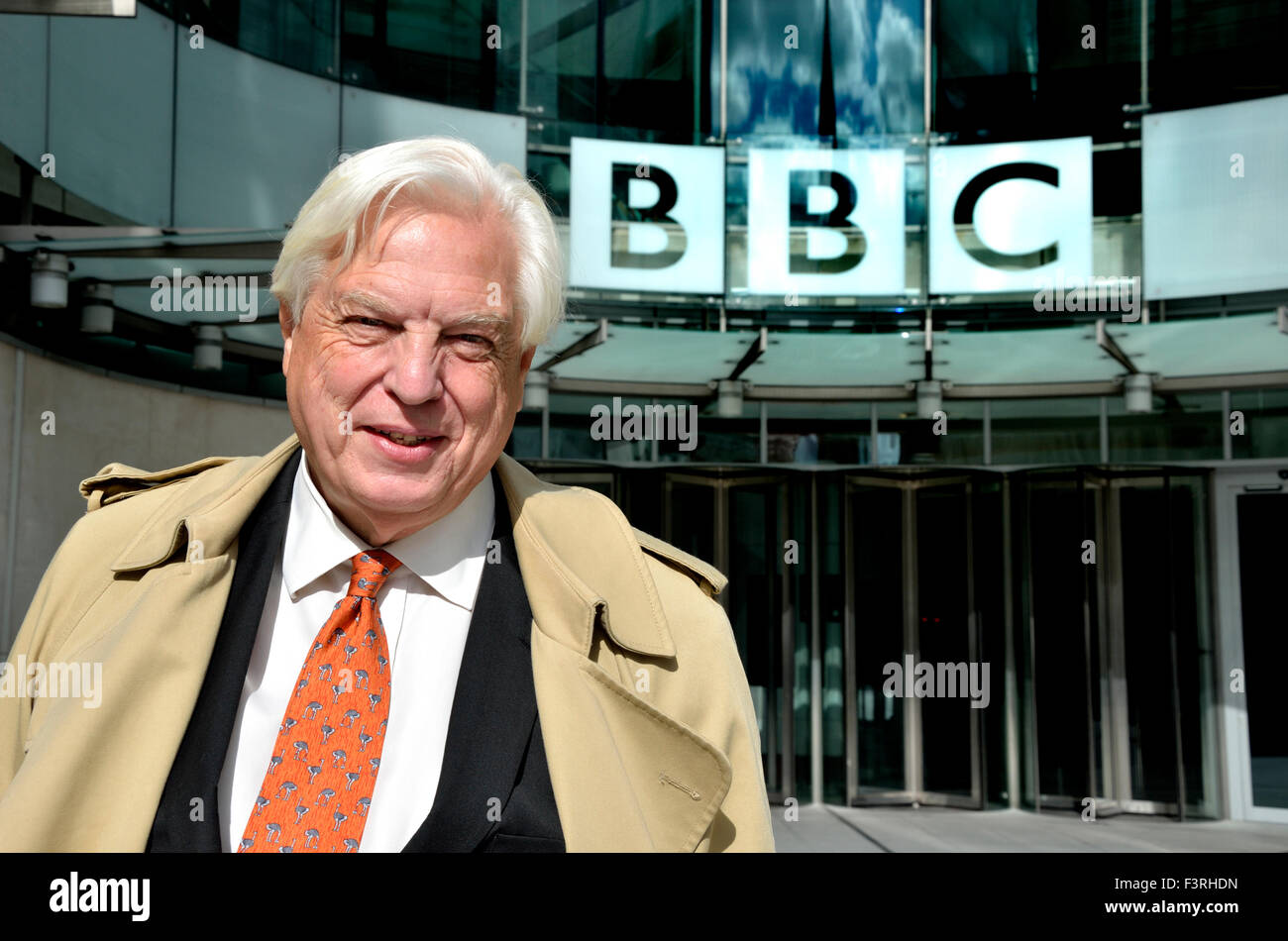john-simpson-cbe-world-affairs-editor-of