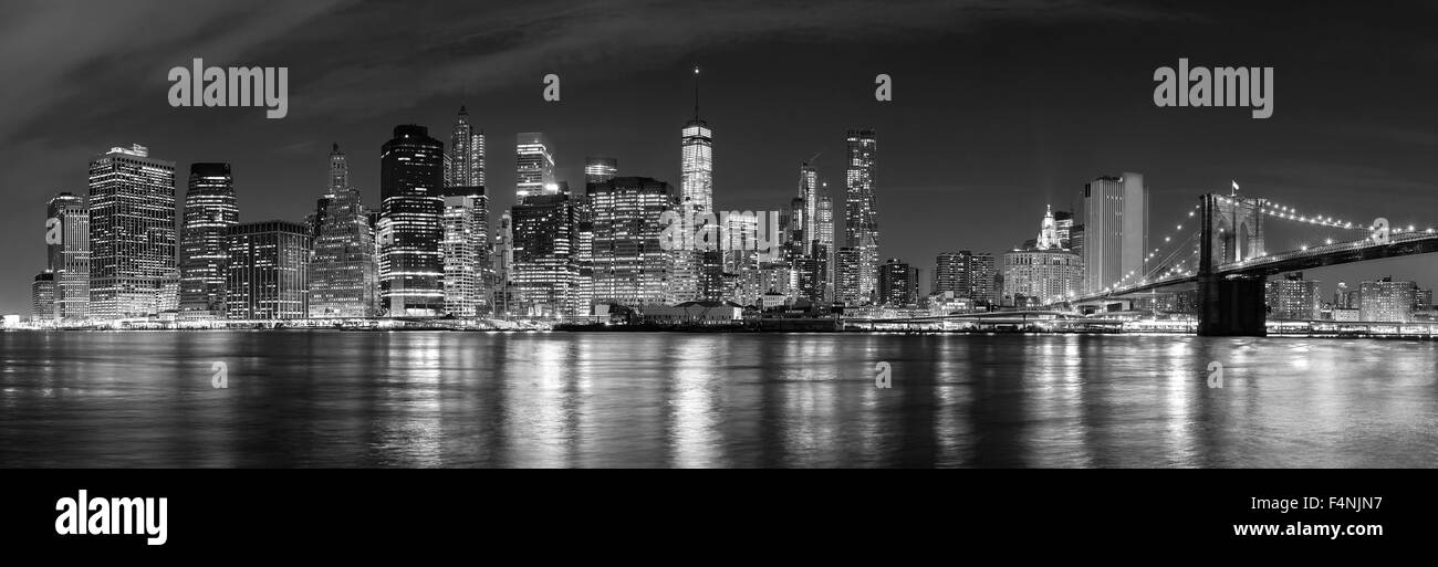 Black and white New York City at night panoramic picture, USA. - Stock Image