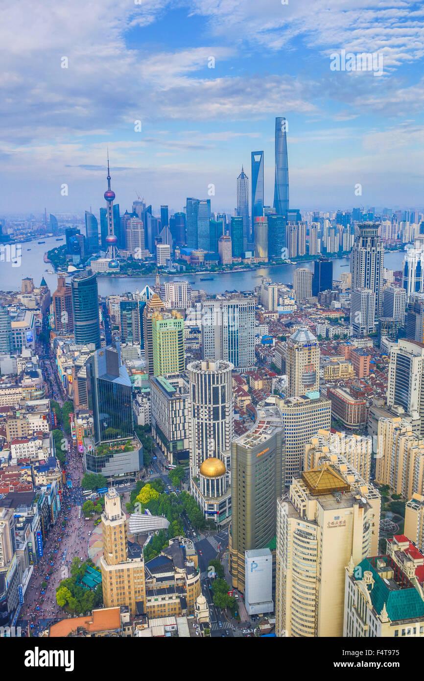 China, Shanghai City, The Bund and Pudong district skyline, Huangpu River - Stock Image