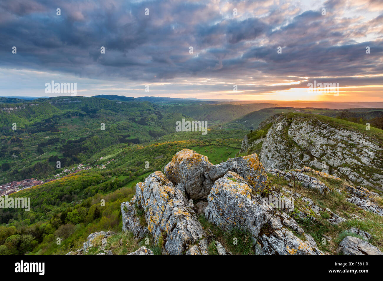 La vallée de la Loue, Mouthier-Haute-Pierre, Doubs, Franche-Comté, France, Europe. - Stock Image