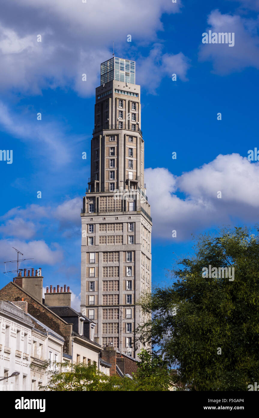 tour-perret-residential-tower-by-auguste-perret-1950-1952-amiens-somme-F5GAP4.jpg