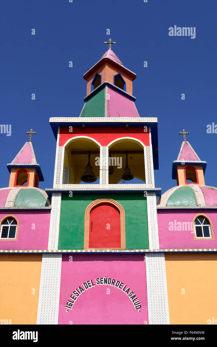 brightly-painted-mexican-church-at-herbo